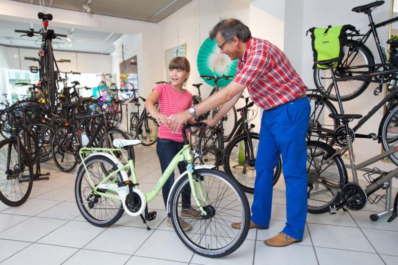 Fahrradkauf Kind Mitnehmen Worauf Achten Fahrradsicherheit Radfahrausbildung Fachhandel
