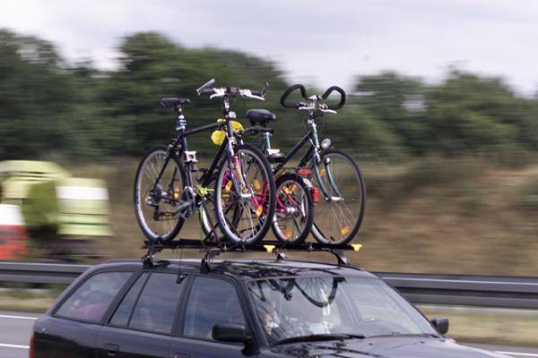 Fahrradtraeger Dachtraeger Fahrrad Radfahrausbilung Grundschule Adobestock