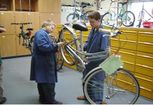 Fahrradwerkstatt Projekt Modul 13 Reparaturen Reparaturbetrieb 1 Sekundarstufe Verkehrserziehung Mobilitaetsbildung