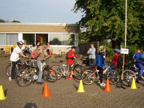 Fahrradwerkstatt Projekt Modul 7 Fahrradtour Start Sekundarstufe Verkehrserziehung Mobilitaetsbildung
