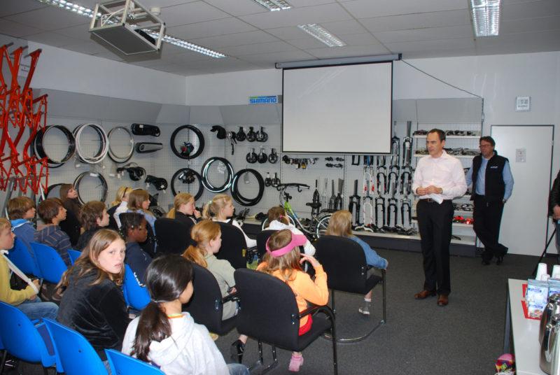 Fahrradwerkstatt Projekt Modul 8 Fortbildung Besuch Fahrradhersteller Sekundarstufe Verkehrserziehung Mobilitaetsbildung