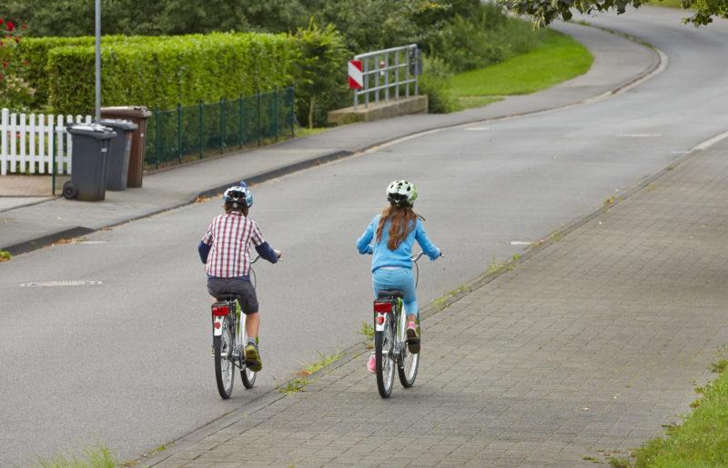 Gefahren Meistern Radfahren Alter Verkehrserziehung Gehweg Klasse 2