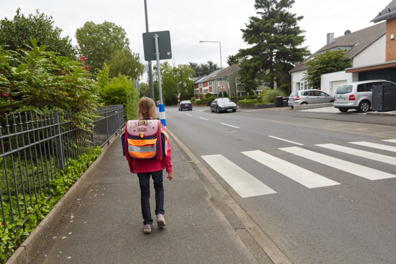 Geistige Entwicklung Straßenverkehr Kinder Grundschule Perspektive Konzentration Mehrfachanforderungen