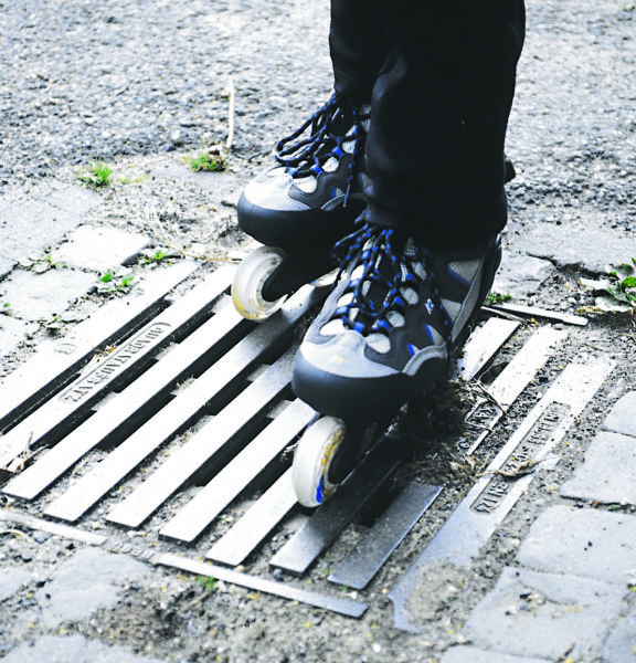 Inline Skaten Gefahrenquellen Gulli Boden Sekundarstufe Verkehrserziehung Mobilitaetsbildung