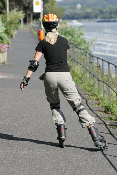 Inline Skaten Platz Armbewegung Sekundarstufe Verkehrserziehung Mobilitaetsbildung