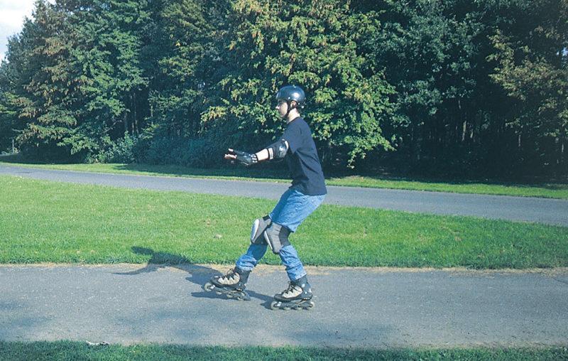 Inline Skaten Projekt Ganztag Baustein 3 Bremsuebungen Fersenstopp Sekundarstufe Verkehrserziehung Mobilitaetsbildung