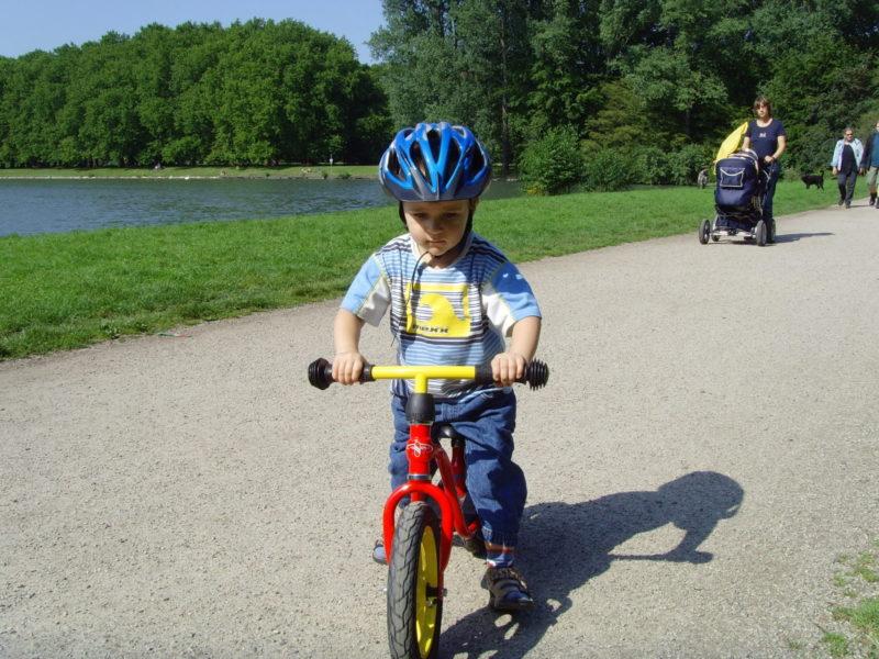 Laufrad Verkehrserziehung Kinder Balance Gleichgewicht Motorik Bewegung