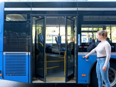 Mobil Teilhaben Bus Fahren Lernen Tuere Auf Schritt 2