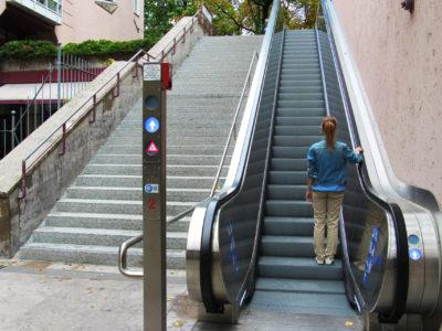 Mobil Teilhaben Rolltreppe Rechts Stehen