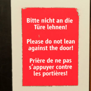 Mobil Teilhaben Verkehrserziehung Geistige Behinderung Bahn Fahren Lernen Warnhinweis Tuer