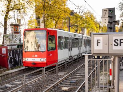 Mobil Teilhaben Verkehrserziehung Geistige Behinderung Bahn Fahren Lernenstrassenbahn Ausgang Foto Rendel Freude