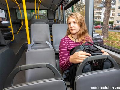 V. Im Bus