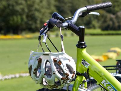 II. Fahrrad und Helm
