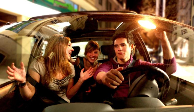 Mobilitaet Junge Fahrer Diskounfaelle Party Ablenkung Pkw Sekundarstufe Ii Verkehrserziehung Mobilitätsbildung