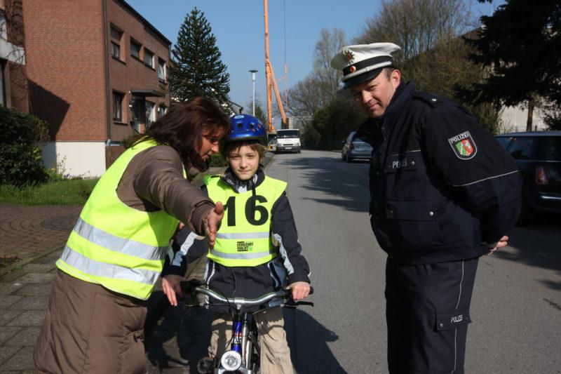 Radfahrausbildung Grundschule Klasse 4 Lernorte Polizei Verkehrserziehung
