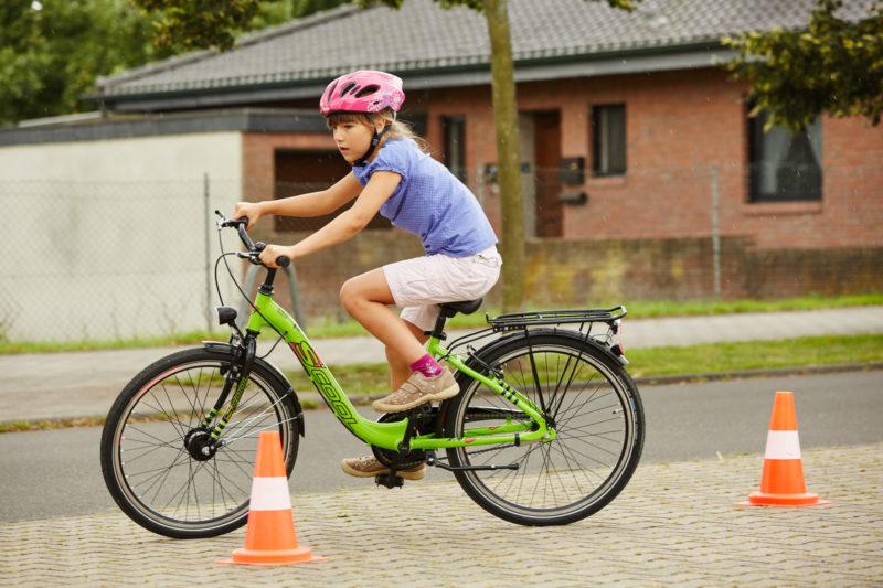 Radfahrausbildung Verkehrserziehung Grundschule Klasse 4 Praxis Fahhrad Verkehrsmittel