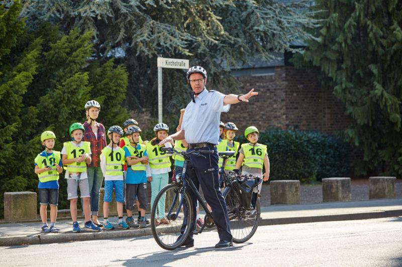 Radfahrausbildung Verkehrserziehung Grundschule Praktische Ausbildung Straßenverkehr Jugendverkehrsschule