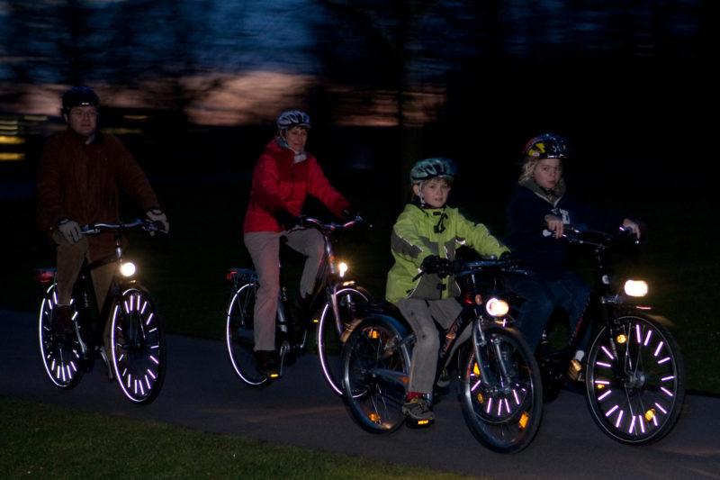 Radfahrausbildung Verkehrserziehung Grundschulesicherheit Fahrrad Beleichtung Sichtbarkeit