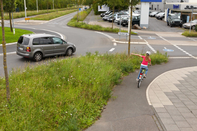 Radschulweg Kreisverkehr Wege Gefahren Sekundarstufe Verkehrserziehung Mobilitaetsbildung