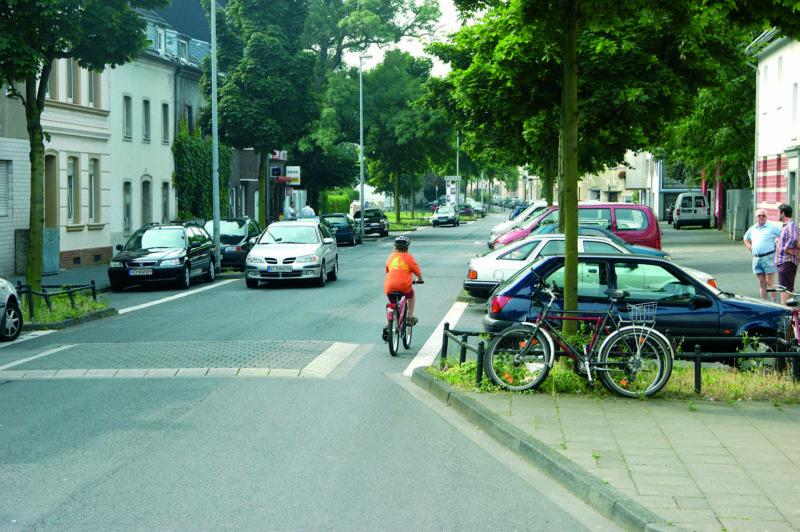 Radschulweg Radwege Stadt Aufpflasterungen Gefahren Sekundarstufe Verkehrserziehung Mobilitaetsbildung
