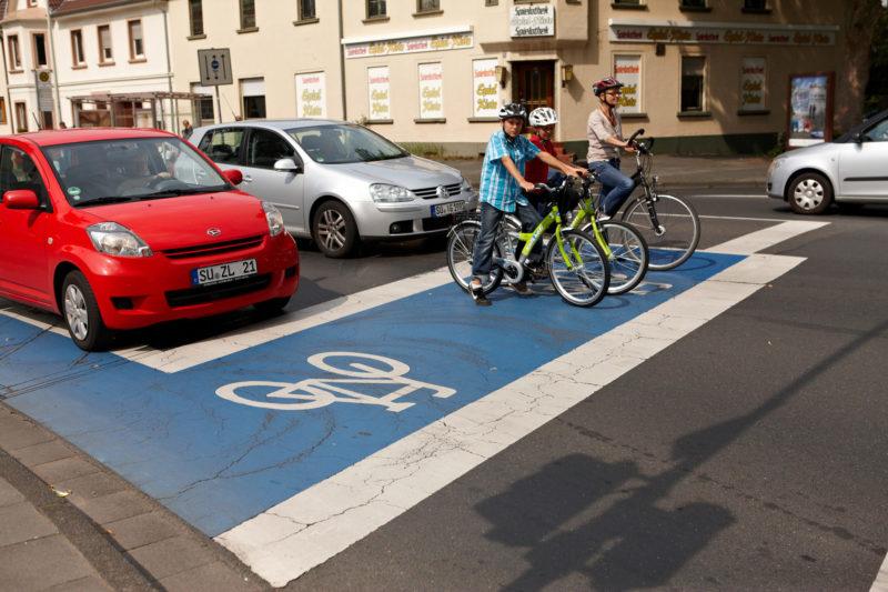 Radschulweg Radwege Stadt Aufstellzonen Gefahren Sekundarstufe Verkehrserziehung Mobilitaetsbildung