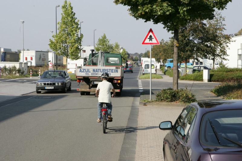 Radschulweg Toter Winkel Wege Gefahren Sekundarstufe Verkehrserziehung Mobilitaetsbildung