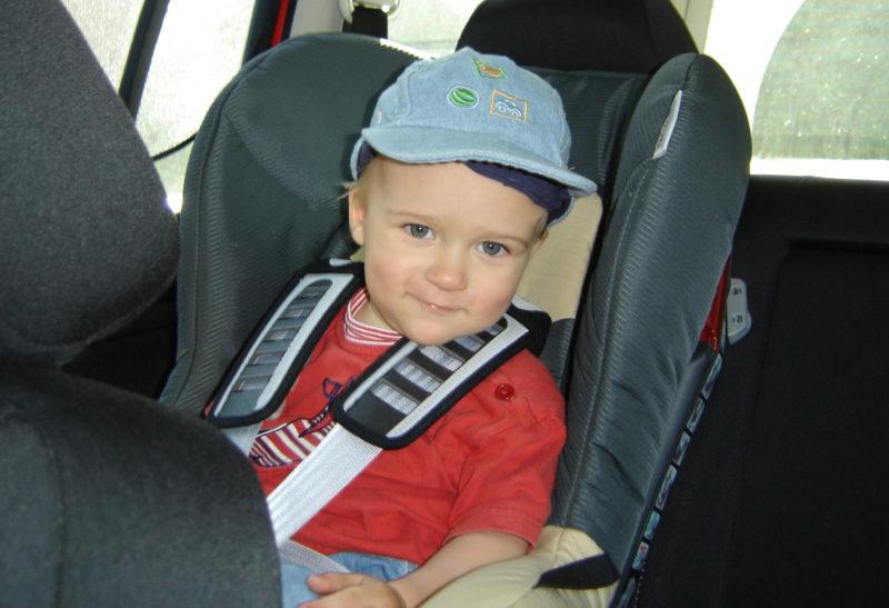 Reisen Mit Kindern Urlaub Autofahrt Urlaubsfahrt Kindersitz
