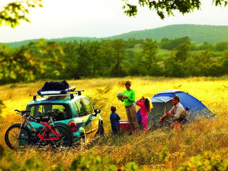 Reisen Mit Kindern Urlaub Autofahrt Urlaubsfahrt Vollbepackt