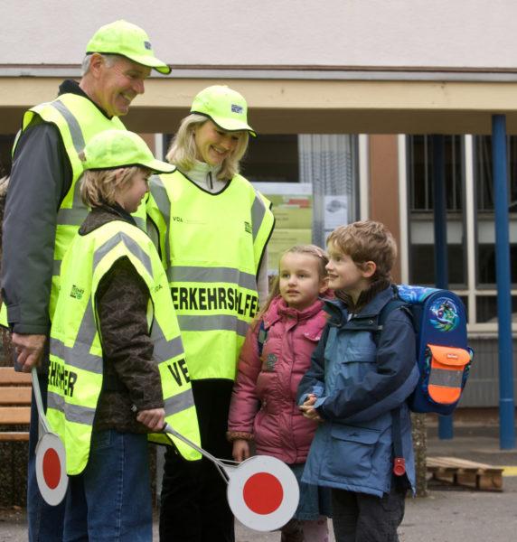 Schülerlotsen Verkehrshelfer Schulwegsicherheit Elternlotsen