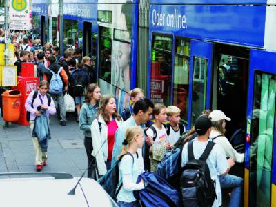 Schülerlotsen Ab Ue 1 2 Verkehrshelfer Ausbildung Übungseinheit 1 Aufgaben Gedränge Einsteigen