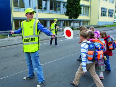Schülerlotsen Ab Ue 1 3 Verkehrshelfer Ausbildung Übungseinheit 1 Aufgaben Sicherung Übergang Einsteigen
