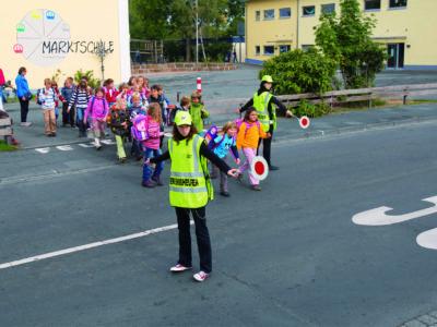Schülerlotsen Ab Ue 6 1 Verkehrshelfer Ausbildung Übungseinheit 6 Praktische Übungen
