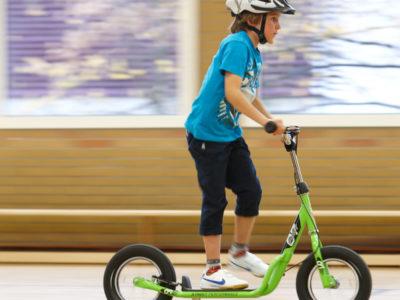 Velofit Bewegung Motorik Bewegungsförderung Körperbewusstsein Grundschule Übungen Gleit Und Rollgeräte 2