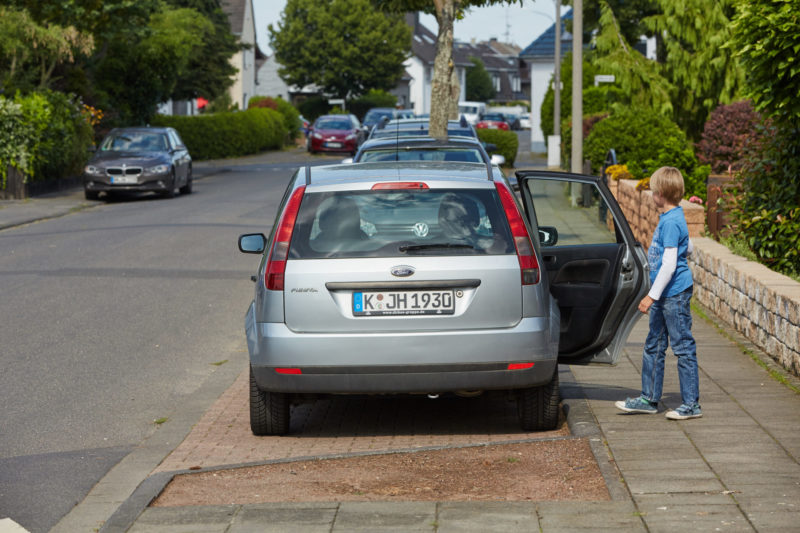 Verkehrserziehung Kinder Bewegungsmangel Elterntaxi