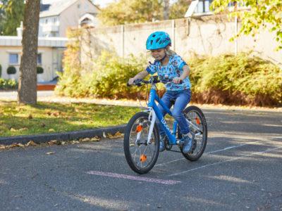 Laufrad, Roller, Kinderfahrrad - Radfahren lernen