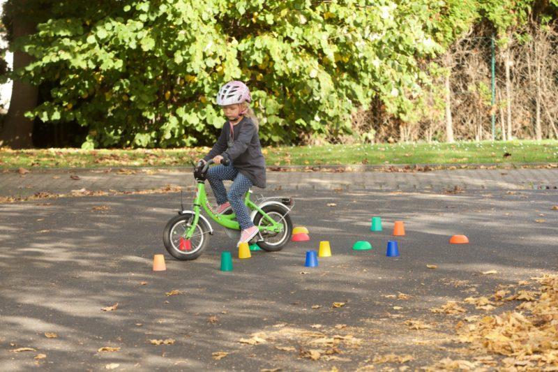 Verkehrserziehung Kindergarten Bewegung Bewegungsförderung Radfahren Motorik Parcours