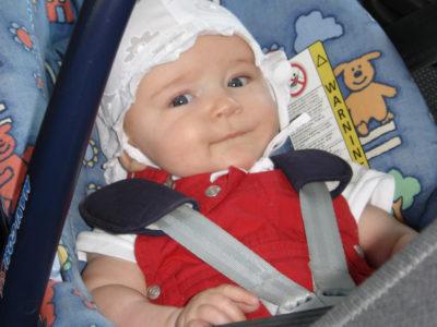 Kinderrückhaltesystem Kindersitz Reboardsitz Babyschale Verkehrserziehung Kindergarten
