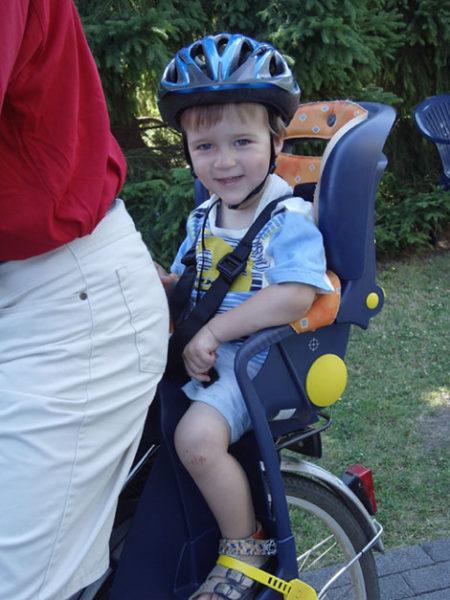 Kindersitz Fahrrad Verkehrserziehung Hinten In Fahrtrichtung